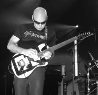 CHICKENFOOT @ THE MOD CLUB IN TORONTO 09