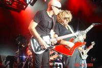 Satch & Sammy on the guitar
