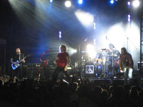 Chickenfoot/comstock park2